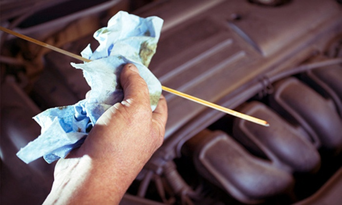 714 Auto Repair - Provence d'Aliso: One or Three Standard Oil Changes at 714 Auto Repair in Aliso Viejo (Up to 55% Off)