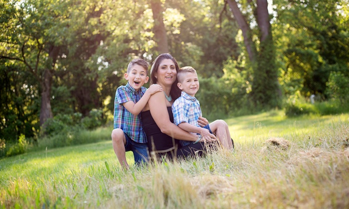 H&e Photography - Hagerstown: 60-Minute Outdoor Photo Shoot with Retouched Digital Images from H&E Photography (30% Off)
