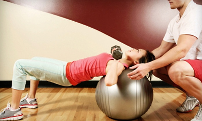 Fitness 19 - Green Bay: $19 for a Three-Month Gym Membership and Two Personal-Training Sessions at Fitness 19 ($190 Value)