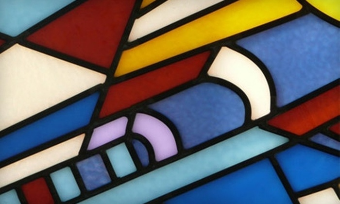 The Vinery - Dunn's Marsh: $17 for a Fused Pendant Class ($35 Value) or $22 for a Beginning Stained Glass Workshop ($45 Value) at The Vinery