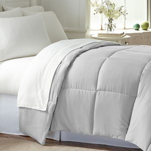 All-Seasons Down-Alternative Comforter
