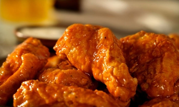 Stinger's Sports Bar & Grill - Deer Valley: $10 for Up to $25 Worth of Bar Fare and Drinks at Stinger's Sports Bar & Grill in Glendale