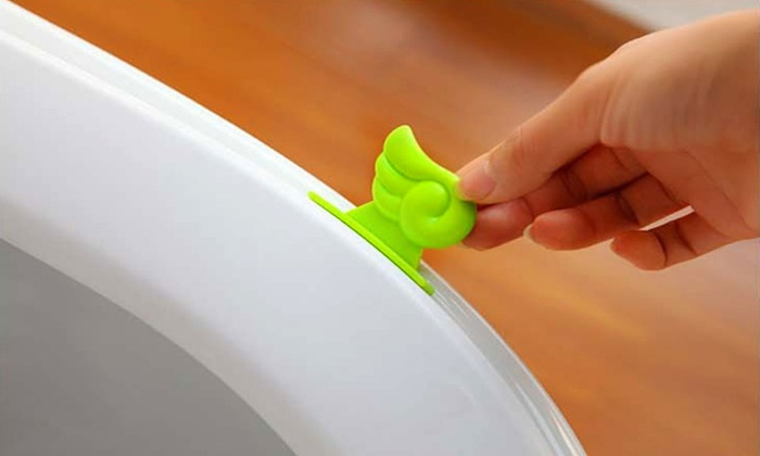 Toilet Seat Lifter (4-Pack) | Groupon Goods