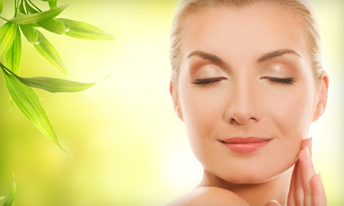 CAMEO Surgery Center - Islandia: $1,999 for a U-Lift Procedure for the Face and Neck at CAMEO Surgery Center in Islandia ($4,200 Value)