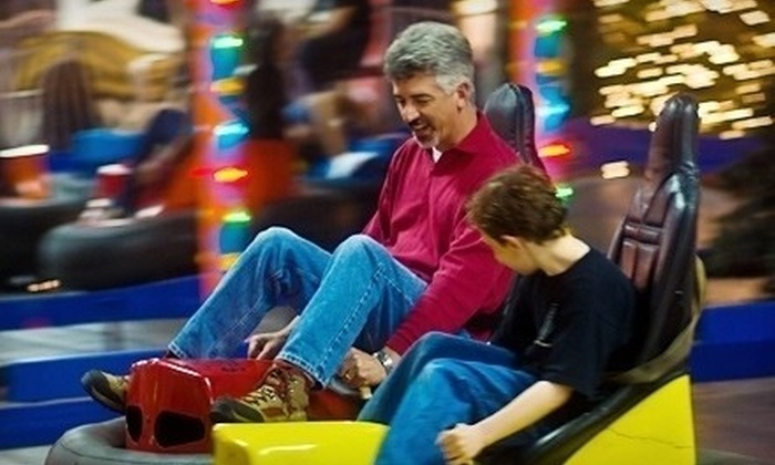 Arnold's Family Fun Center - Upper Providence: $12 for a Four-Ride Play Pass and 500 Arcade Points at Arnold's Family Fun Center in Oaks ($24 Value)