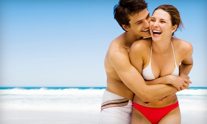Local Acapulco Tanning Studio - Cash Corner,Meeting House Hill: Two, Four, or Six UV Tanning Sessions at Local Acapulco Tanning Studio (Up to 65% Off)