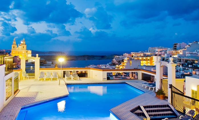 ✈ Malta: 3, 4 or 5 Nights with Transfers, Spa Access, 30-Minute Massage and Flights*