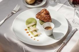 LA Ferme du Poulet: Entrée, plat, fromage et dessert du menu 2 plats pour 2 pers dès 55 € à l'Hostellerie de La Ferme du Poulet