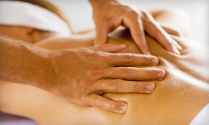 Repose Massage Therapy - Franklin: $35 for a One-Hour Swedish or Deep-Tissue Massage at Repose Massage Therapy in Franklin ($75 Value)