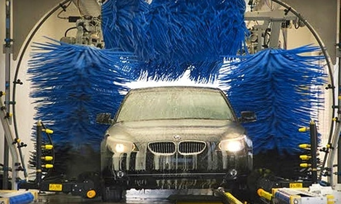 Hog Wash Express - Tempe: $15 for Three Express Car Washes at Hog Wash Express in Tempe ($30 Value)