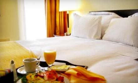 Radisson Hotel & Suites Dallas-Love Field - Radisson Hotel & Suites Dallas-Love Field in Dallas