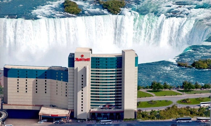 Marriott Niagara Falls - Niagara Falls, ON: Stay with Dining Credits, Wine Tasting, and In-Room Internet at Marriott Niagara Falls in Ontario. Dates into May.