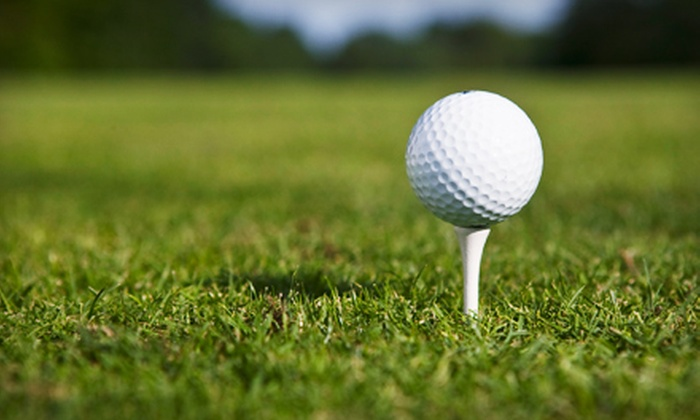 Mountain Valley Golf Center - Woodland: $15 for an 18-Hole Golf Outing with Bucket of Balls and Drink at Mountain Valley Golf Center in Woodland (Up to $32.50 Value)