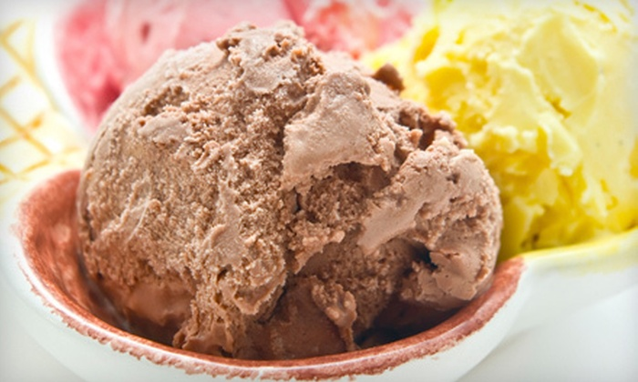 Emack's - Springfield: $5 for $10 Worth of Frozen Treats and American Fare or $5 for a Five-Visit Punch Card ($25 Value) at Emack's