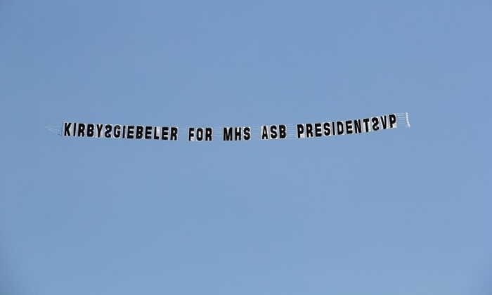 Aerial Beacon Inc - Oakland: $1,250 for Streaming-Letters Sky Banners at Aerial Beacon Inc ($2,500 Value)