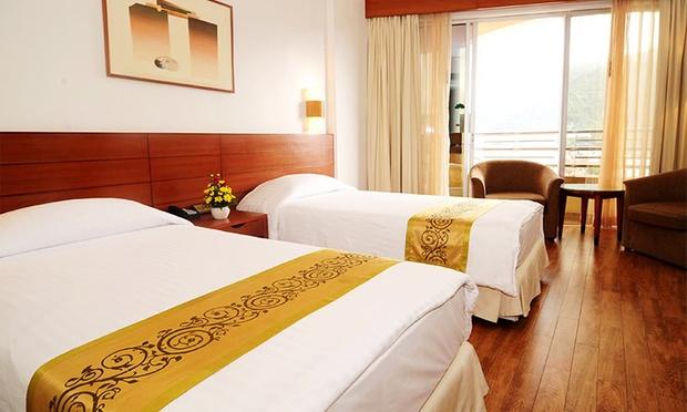 Phuket: 4* Hotel + Return Flights 1