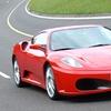 In pista su Ferrari o Porsche