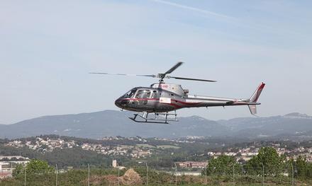 Experiencia de vuelo en helicóptero y de conducción de deportivo en circuito o carretera desde 179 € en Prestige GT