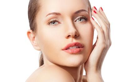 Higiene facial con radiofrecuencia o mesoterapia virtual y opción a masaje y manicura o pedicura desde 19,90 € en Marfil