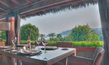 Menú para 2 o 4 personas con entrante, principal y botella de vino o bebida desde 34,95 € en Calabajío