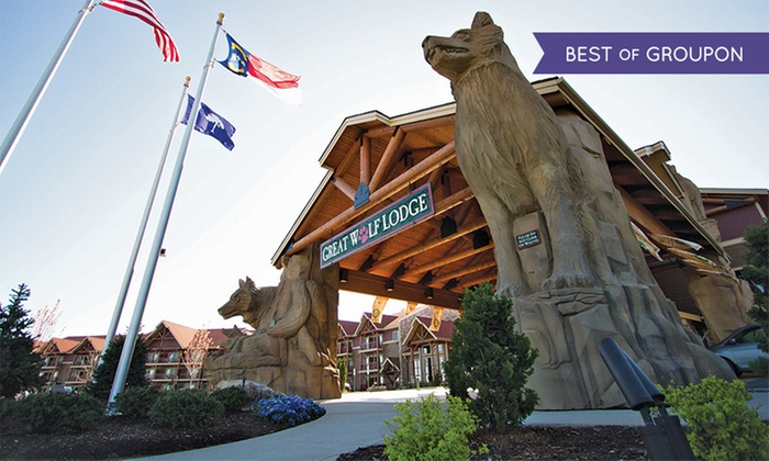 Great Wolf Lodge Charlotte/Concord - Concord, NC: Stay with Water Park Passes and Resort Credit at Great Wolf Lodge Charlotte/Concord in Concord, NC. Dates into March.