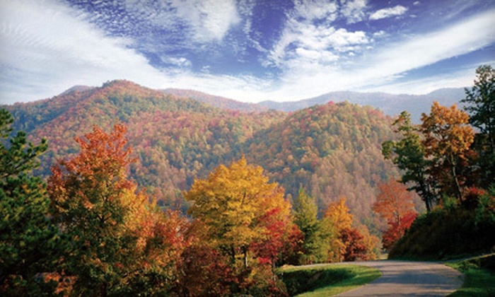 Smoky Mountain Country Club - Whittier: $282 for a Two-Night Condo Stay for Up to Four at Smoky Mountain Country Club in Whittier (Up to $470 Value)