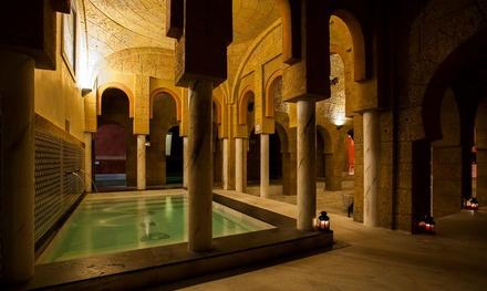 Circuito de baños árabes y opción con masaje o cena para 2 personas desde 29,95 € en Hammam Ilunion Sancti Petri