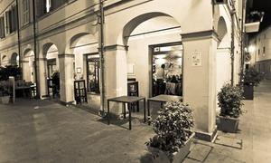 La Piazzetta del Gusto: Menu modenese e una confezione con bottiglia di vino tipico del luogo da La Piazzetta del Gusto (sconto fino a 65%)