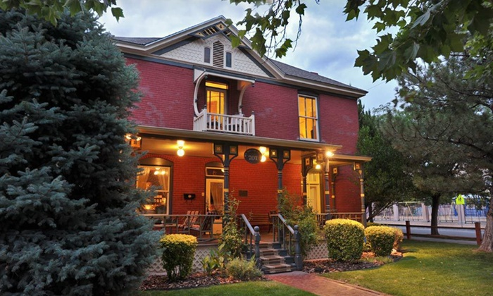 Mauger Estate B & B - Downtown: One- or Two-Night Stay at Mauger Estate B & B in Albuquerque, NM