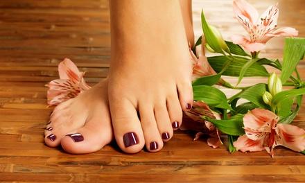 1x, 2x oder 4x 45 Min. kosmetische Fußpflege inkl. Lack im Schönheitssalon epiel (bis zu 50% sparen*)