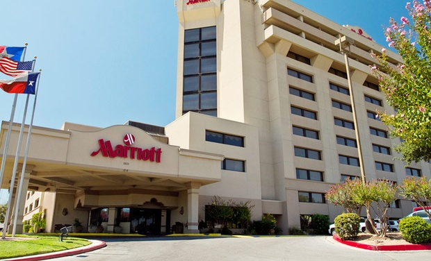 San Antonio Marriott Northwest - San Antonio: Stay at San Antonio Marriott Northwest in Texas. Dates into December.