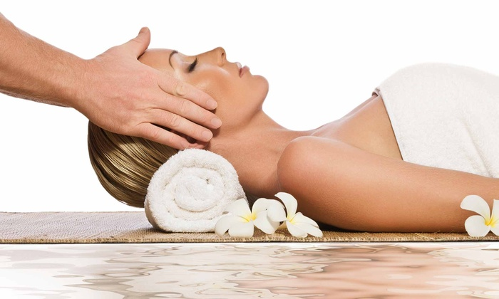 Horizon Massage and Wellness - Multiple Locations: $75 for Spa Package with Massage and Mud Mask at Horizon Massage and Wellness ($195 Value)