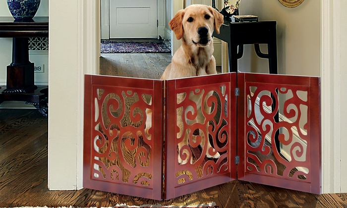 Adjustable Scrolled Wood Pet Gate ...