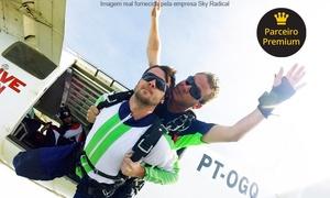 Sky Radical: Sky Radical – Boituva: salto duplo convencional + 10 fotos e certificado ou Challenge + certificado + 10 fotos + bônus