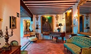 Museo del Vidrio y Cristal de Málaga: Entrada y visita guiada al Museo del Vidrio y Cristal para dos personas por 7 €