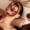 Chocolade gelaatsverzorging met manicure