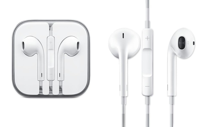 Apple Earpods With Remote and Mic from €14.99 (Up to 60% Off)