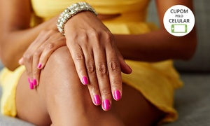 Nova Imagem Moda Feminina e Cabeleireiros: Nova Imagem – Centro: 1, 2 ou 3 meses de manicure, pedicure com 1 hidratação com parafina quente para os pés