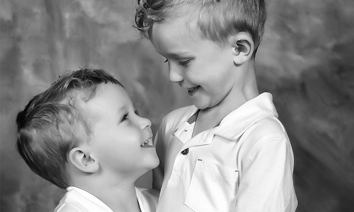 Masserman Photography - Keego Harbor: $39 for an In-Studio or On-Location Photo Shoot with Three Prints from Masserman Photography ($252 Value)