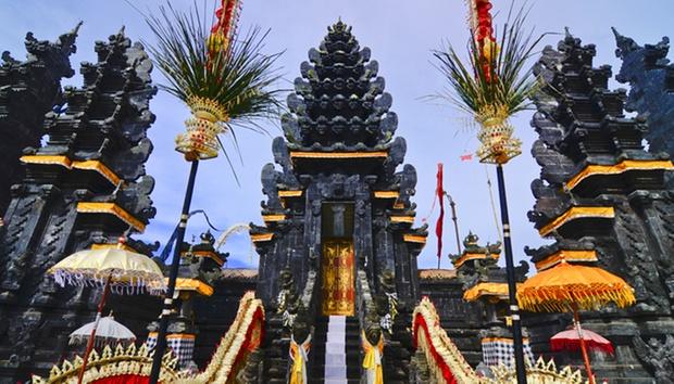 Bali: 4-Star Stay in Seminyak 9