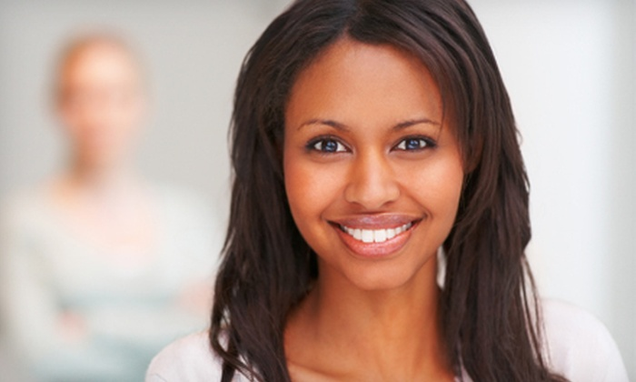 Pearly White Smiles - Newtonbrook: $99 for an In-Office Teeth-Whitening Treatment at Pearly White Smiles ($500 Value)