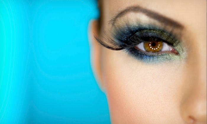 Divine Secrets - Erin Mills: Permanent Eyeliner for Upper or Lower Lids or Both or Permanent Lip-Liner Makeup at Divine Secrets (Up to 80% Off)