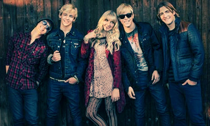 Family Channel Big Ticket Summer Concert - Molson Canadian Amphitheatre: $20 to See Family Channel Big Ticket Summer Concert at Molson Canadian Amphitheatre on August 25 (Up to $31 Value)