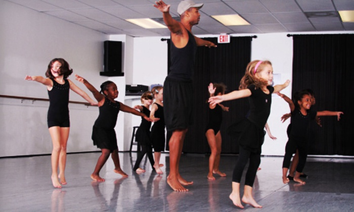The Center for Contemporary Dance - Winter Park Commerce Center: 5 or 10 Hours of Dance Classes at The Center for Contemporary Dance in Winter Park (Up to 60% Off)