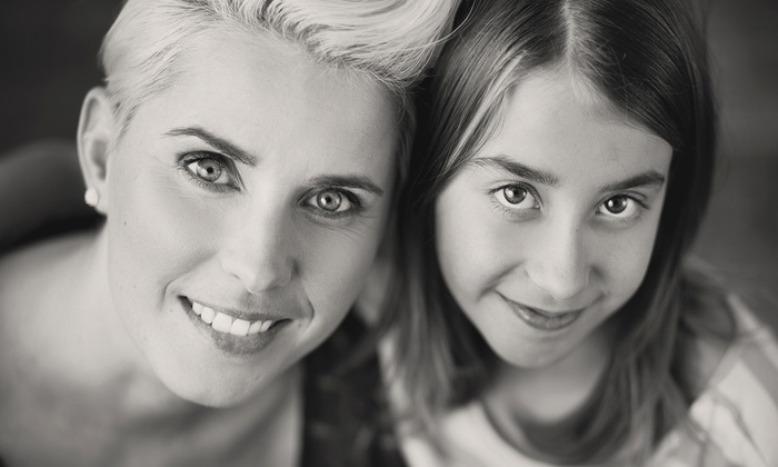 Canan Photography - Etobicoke: C$69 for an In-Studio Mother-Daughter Photo-Shoot Package at Canan Photography (C$499 Value)