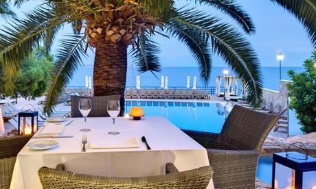 Buffet libre y mojitos para 2 o 4 personas desde 34,95€ en Hotel Barceló Illetas Albatros 4* Adults Only