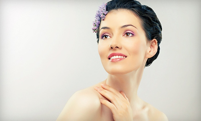 Gossip in the City - Nixa: $39 for a Custom Facial, Glycolic or Pumpkin-Enzyme Peel, and Upper-Body Massage at Gossip in the City ($105 Value)