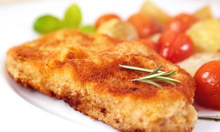 Schnitzel nach Wahl mit Salat für 2 oder 4 Personen bei Taverna Ru