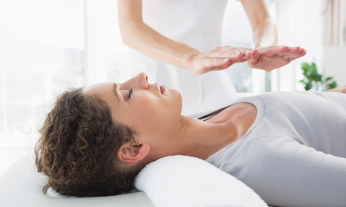 Carolyn Berry Llc - Tempe: 60-Minute Reiki Session with Aromatherapy from Carolyn Berry LLC (40% Off)