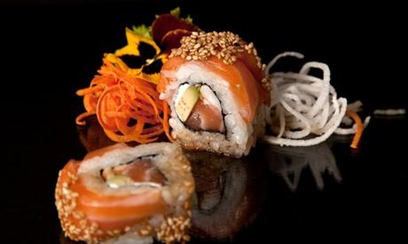 Bandeja de 20 piezas de sushi por 14,95 € en el menú take away de Japonice
